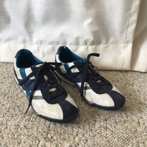 Coach Luckie style shoes in blue GUC